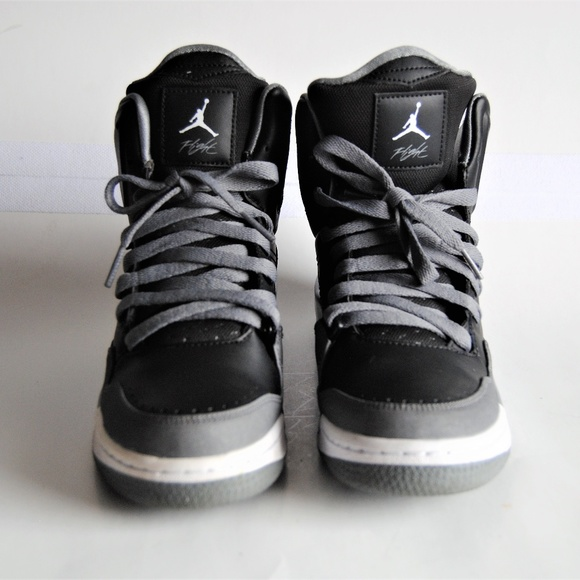 release date ffd7c 8156e Nike Air Jordan Flight SC-3 Boys HighTop Sneakers.  M 5a806cad5521bebef38c7b7b